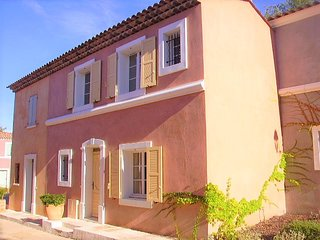 Provençal House With Swimming Pool & Spa