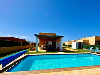Luxury AirConditioned Villa With Private Heated Pool, Golf Course And Sea Views