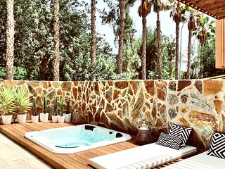 ★ Casamira: 3BR House with Jacuzzi in Maspalomas