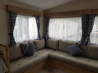 2 bed, 6 berth static caravan to rent