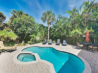 Steps to Beach! Pompano Hideaway with Heated Pool, Spa & Chef's Kitchen