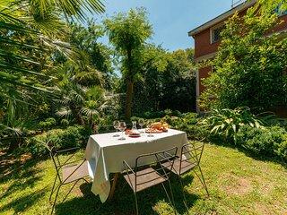 Domus Quiritum Villa, garden city apartment