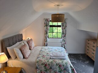 Aldergrove Cottage