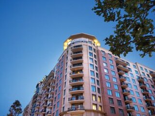 Club Wyndham National Harbor  2 bedroom deluxe condo, holiday rental in Fort Washington