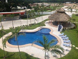 Penthouse en Manzanillo con tres recamaras y terraza.