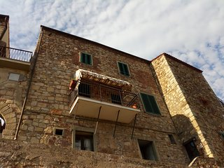 Nel borgo medievale con vista