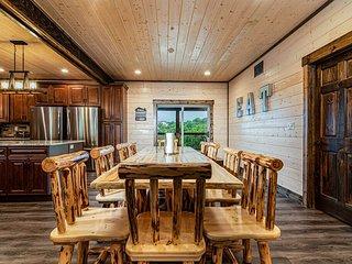 Dogwood Lakefront Lodge