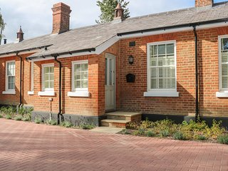 30 Osborne Quarters, Netley Abbey