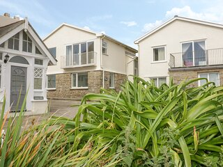 BROOK HOUSE, private beach access, sea views, pet-friendly, Sennen Cove, Ref