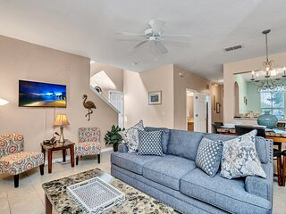 Charming Home with Private Balcony, 4 miles from Disney! #4RO785