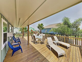 Renovated Island Retreat: Pools, Tennis Court, Marina - Near Beach, Waterpark