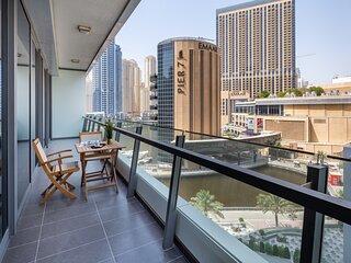 Gorgeous 2BR with Breathtaking Dubai Marina Views!