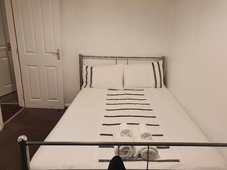 Cosy Private Double Bedrooms Nottingham City - Bedroom 8