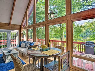 NEW! Saluda Cabin w/ Deck Situated on Lake Hosea!