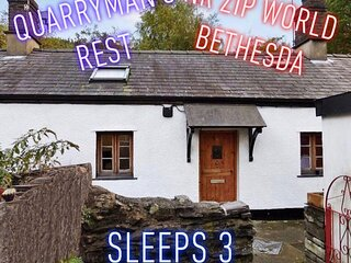 Quarryman's Rest Nr Zip World - A cosy cottage for 3