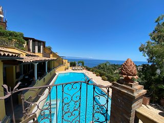 SEA VIEW VILLA MATIS Exclusive Use with Private Pool Taormina