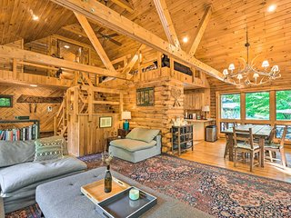 NEW! Upscale Warrensburg Cabin w/ Private Hot Tub!