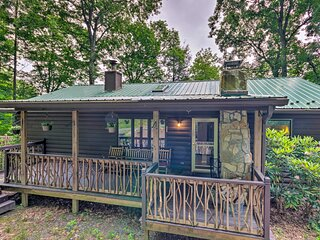 Quaint Cabin w/ Outdoor Fireplace & Sunroom!