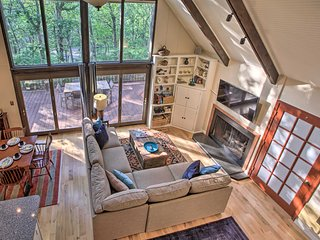 A-Frame Cabin w/Grill, Steps to Wintergreen Slopes