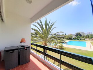 Stylish ONE bedroom apartment within 5 mins walk from the Vilamoura beach