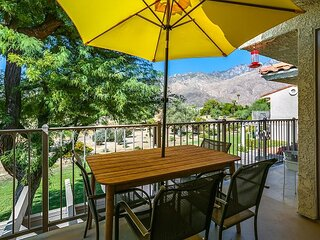 Your Palm Springs Getaway! Condo Near Downtown