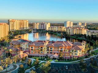 Great Price for Luxury 3 BR Resort close to Disney Magic, Wyndham Bonnet Creek.