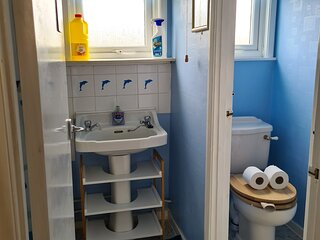 2 Bedroom Family Holiday Chalet (sleeps 4 plus a cot), Florida Park, Hemsby