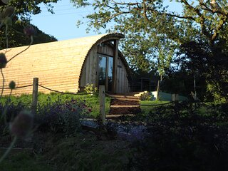 Luxury Glamping Lodge in Llandeilo
