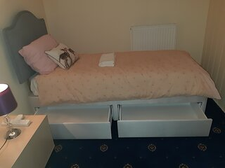 Barrow in Furness Near The Lake District Budget Rooms Available Fast Free WiFi