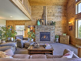 NEW! Family-Friendly Home 3 Mi to Steamboat Resort