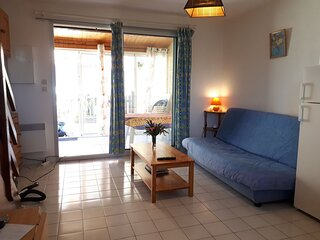 Family 2 bed holiday home over 2 floors / Richelieu