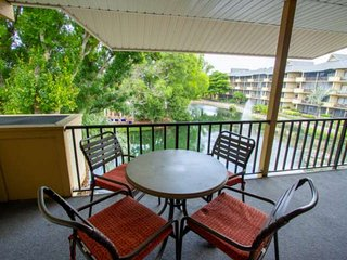 Park Shore Resort, 3rd Flr. unit w/incredible water views! West of hwy.41, 1.25