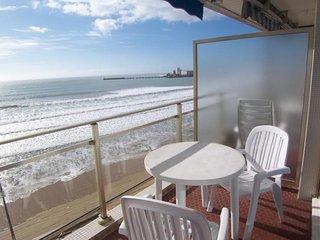 studio avec superbe vue sur la plage.