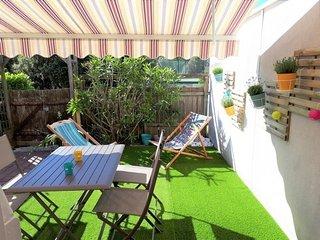 MESCHERS SUR GIRONDE : Charmante villa en residence avec vue sur piscine!