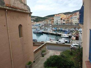 Charmant appartement T3 avec vue sur le port et emplacement de parking et WIFI