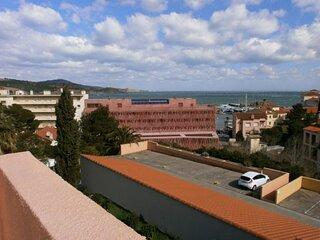 Appartement avec terrasse vue sur mer et parking
