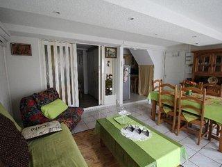 Tres bel appartement recemment renove, proche du centre ville de Port-Vendres