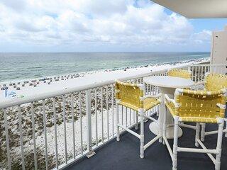 8th Floor Amazing Condo, Outdoor Pool & Hot Tub, Beach-Front