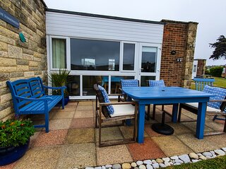 The Summerhouse - Spacious Self Catering Chalet - Isle Of Wight