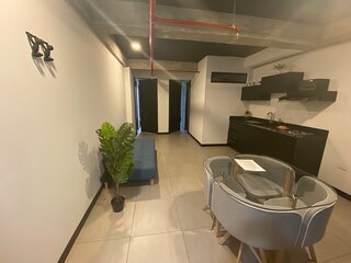 The Coffee Club Apto 2 habitaciones + sofa cama!