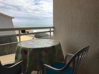Avec Vue sur Mer, acces plage et parking, Apt pour 4 pers , decoration soignee