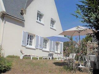 Villa de Vacances Bord de Mer 10/12 Personnes, Maison au Calme, 200M PLAGE