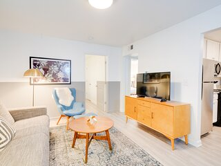 Contemporary Condo Minutes To Downtown   Gulch