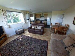 Ground Floor Apartment with Sea View - Flat 6, Denecroft