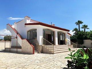 Villa Ishe, splendida casa vacanze a due passi dal mare