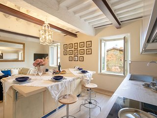 Casa Collodi - charming house with garden and jacuzzi