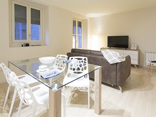 Cort Reial 3A - Holiday apartment in Girona