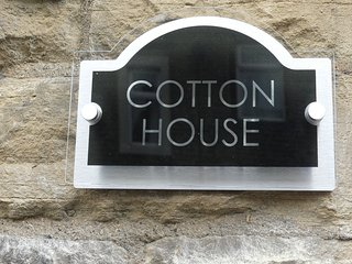 COTTON HOUSE.CENTRAL SKIPTON. GATEWAY TO THE DALES..3 BEDROOM HOUSE
