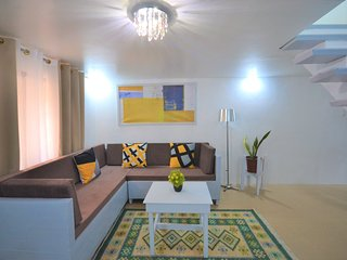 New Charming Modern 2-Bedroom Apartment, Olongapo City Center!