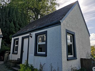 Private Cottage Bothy near Loch Lomond & Stirling